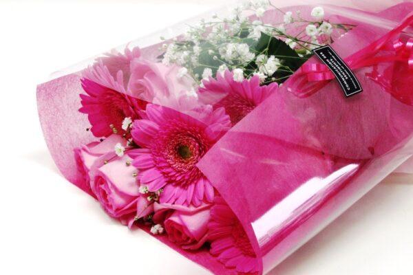 ピンク薔薇とガーベラの花束